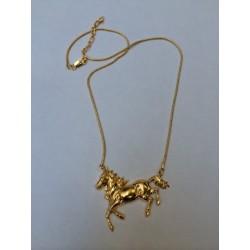 Collier cheval doré