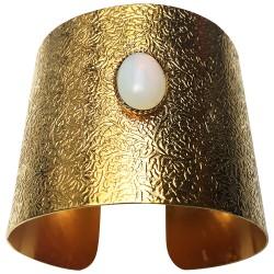 Manchette texture avec pierre ovale