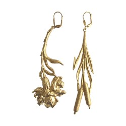 GOLD PLATED IRIS AND REED PENDANT EARRINGS
